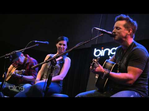 Thompson Square - Are You Gonna Kiss Me Or Not? (Bing Lounge)