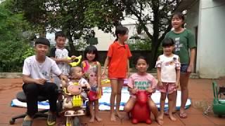 Trò Chơi Bơm Bể Bơi Phao Hơi Khổng Lồ - Cùng Bé Tắm Bể Phao Cực Đã - Mn Toys