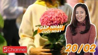 Người dân ùn ùn mót hoa ở đường hoa Nguyễn Huệ dù bảo vệ can ngăn!   GNCN 20/02