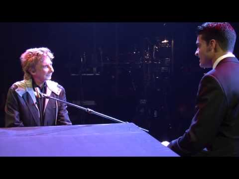 Richard Giacovas interviews Music Legend Barry Manilow - YouTube