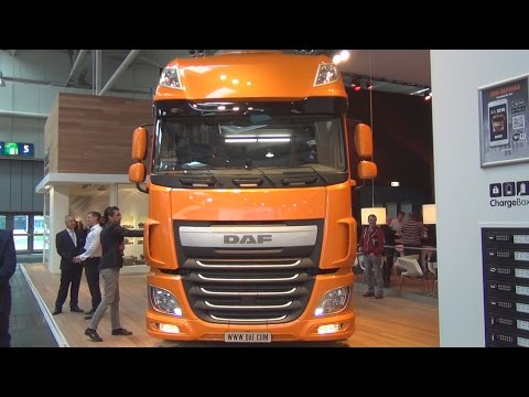 DAF XF 460 FT Low Deck Tractor Truck (2017) Exterior and Interior in 3D