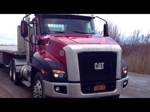 Baixar Carreta Vanderleia Americana - Caminhão Caterpillar - Flatbed Sendo Carregado
