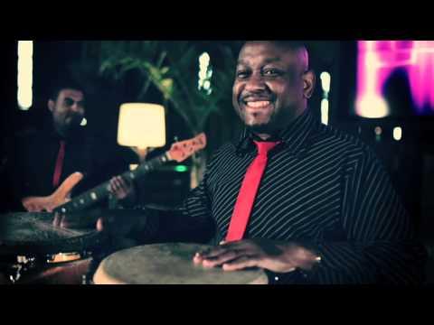 alejate de mi el combo dominicano 2012