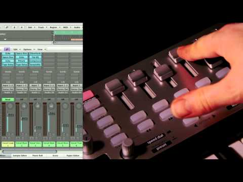 Novation // SL MkII and Impulse Controlling Logic Pro