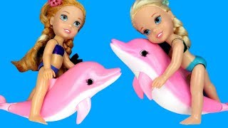 Swimming with DOLPHINS ! Elsa & Anna toddlers go Scuba with Barbie - Splash - Water Fun