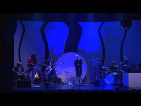 Genetics plays Inside & Out (Genesis) feat. Javier Malosetti on bass guitar