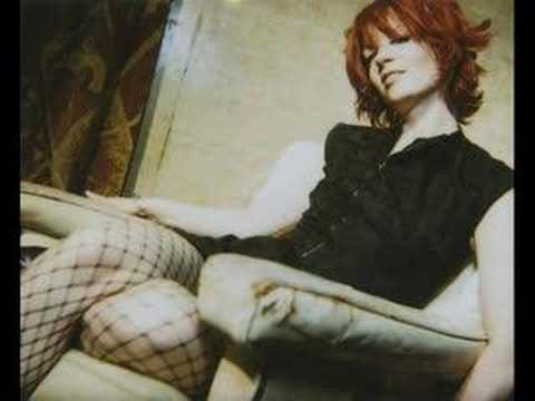 CANDY SAYS (B-SIDE) - GARBAGE