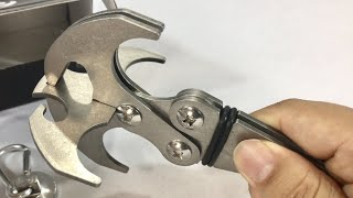 Multifunctional Stainless Steel Survival Folding Grappling Hook Climbing Claw first look
