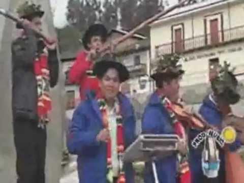 BAJO LA SOMBRA DEL EUCALIPTO - BRILLANTINA DE SURCUBAMABA [SANTIAGO 2012]