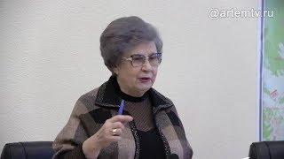 Светлана Горячева: «Голосовать отдельно за каждую поправку в Конституцию РФ категорически нельзя!»