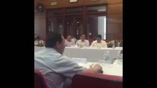 Thứ trưởng Nguyễn Hồng Trường 'cãi nhau' với TS Nguyễn Đình Cung về BOT