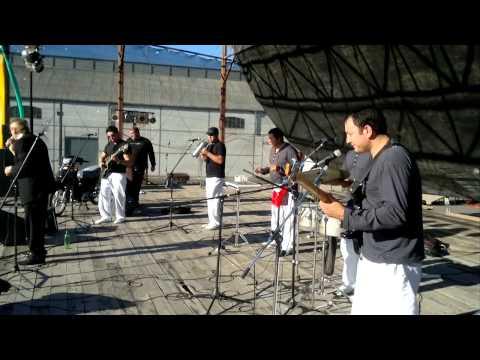 YULI Y LOS GIRASOLES 2013 EN RAMALLO