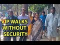 Simplicity of Nirmala Sitharaman, walking in Bengaluru without VVIP culture