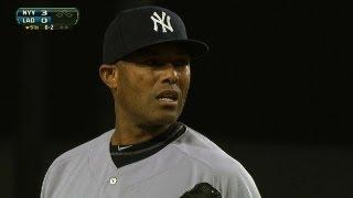 Scully calls Mo's save at Dodger Stadium