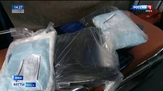 Омская станция скорой помощи получила специализированные стерильные костюмы