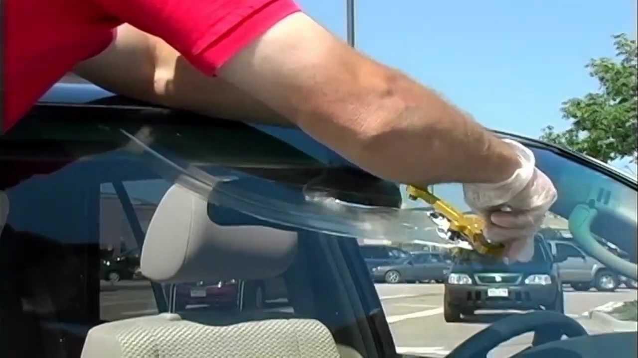 windshield crack repair 17 inch youtube. Black Bedroom Furniture Sets. Home Design Ideas