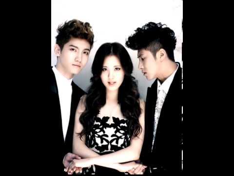 Ceci November issue intro. - SNSD Seohyun and TVXQ Changmin & Yunho