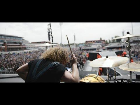 God Damn - Live & On The Road 2015