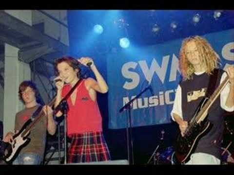 devilish (Tokio Hotel)- Schwerelos