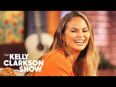 Chrissy Teigen Says Celebs Should Apologize For Being 'A [Expletive] Idiot'
