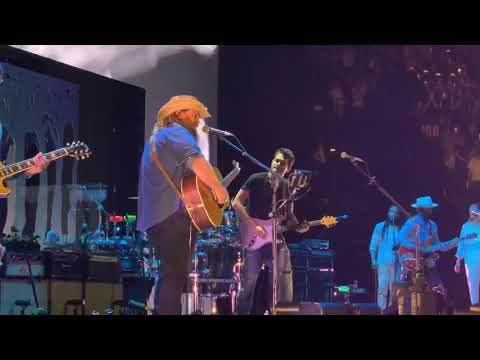 "John Mayer and Chris Stapleton ""I Just Remembered That I Didn't Care"" 8/8/19 - Bridgestone"