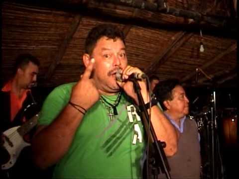 MEMIN HERNANDEZ JUNTO A ROBERT SHOW TONY FUENTE VIDEO
