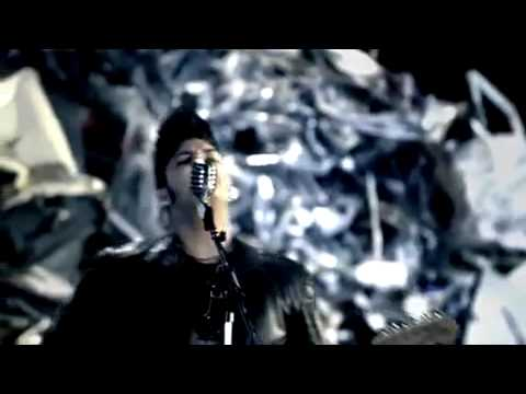 Billy Talent - Rusted From The Rain [Official Music Video] - With Lyrics - HQ