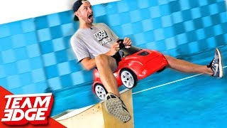 Tiny Car Race Battles!!