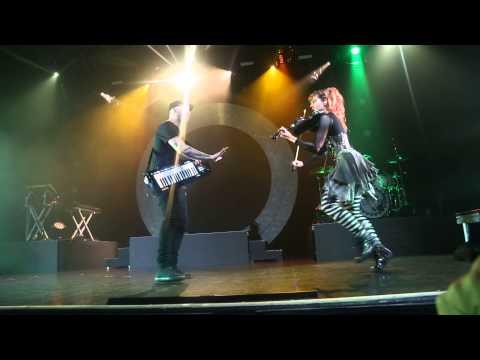Lindsey Stirling - Roundtable Rival Live