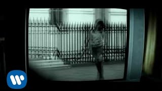 Muse - Hysteria [Official Music Video]