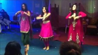 Pakistani hot girls Weeding dance 2013