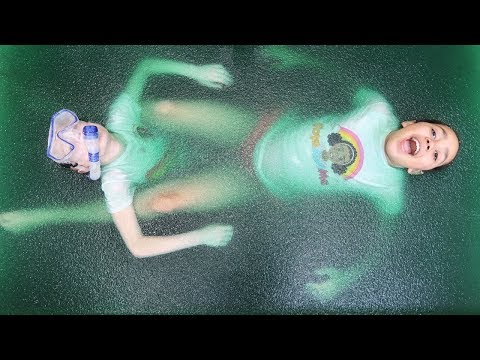 Gelli Baff Slime Toy Challenge Game - LOL Surprise Dolls Confetti Pop | Toys AndMe