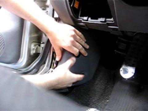 How To Reach A Ford Fiesta Mk4 Mk5 Ecu Youtube