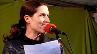 Tanja Gönner, Baden-Württembergs Doppelministerin für Umwelt und Verkehr, erklärt ihren Rücktritt