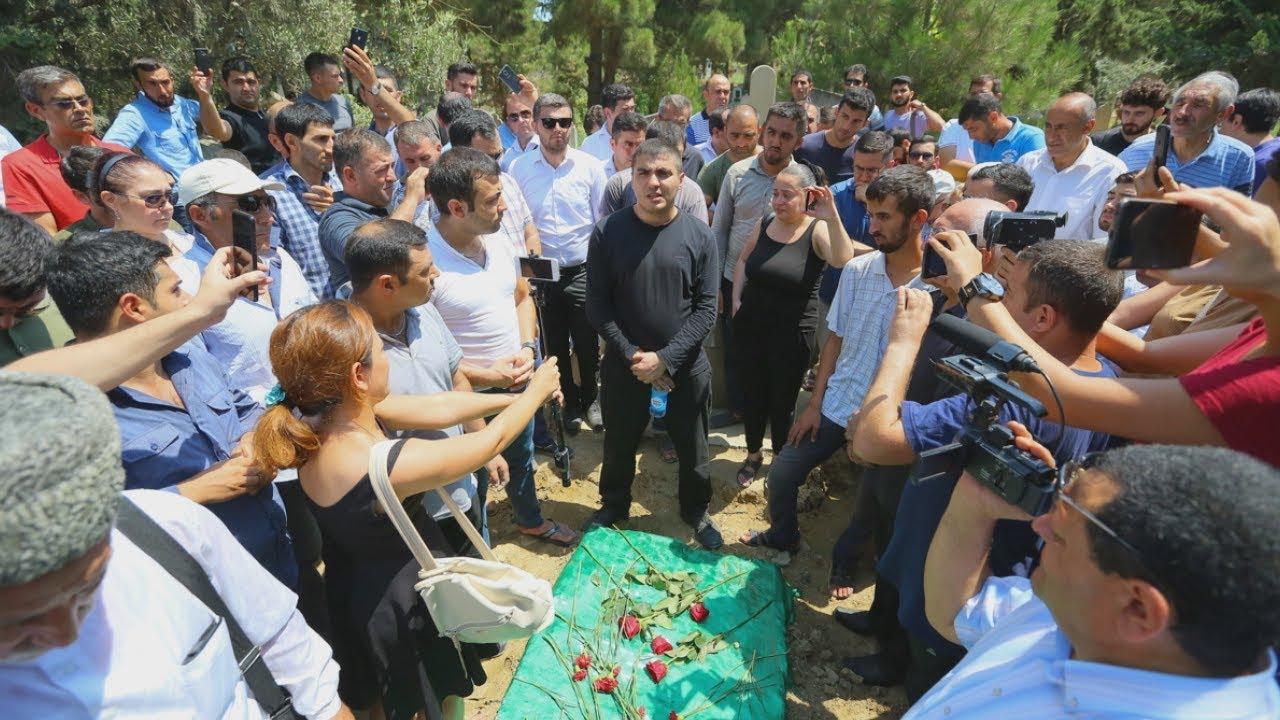 Баку: политзека отпустили только на похороны матери