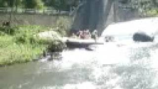 Toboggan rafting