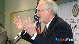 Ý kiến đại sứ David Shear về vấn đề trưng bày cờ vàng ba sọc đỏ