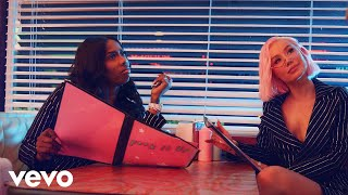 Iggy Azalea - F*ck It Up (Official Music Video) ft. Kash Doll