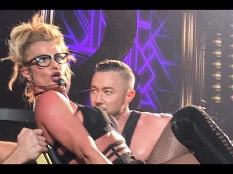 Britney, Piece of Me 2016 - Bloopers and Funny Moments - Las Vegas
