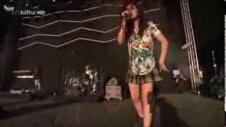 Charli XCX - I Love It (HD live in Germany)