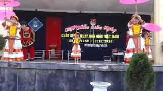 Múa Phiên chợ ngày xuân- 12C- Giải nhất THPT Bến Tắm khóa 2011-2014