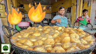 Indian Street Food Tour Of Jaipur!! 2 Crore ki Kachori, Pyaz Kachori, Gulabi Ji Chai & more