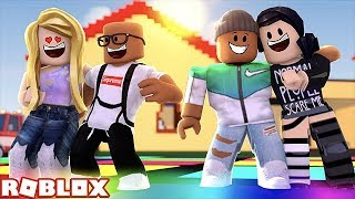 GOING TO A HOUSE PARTY IN ROBLOX (Roblox Roleplay)