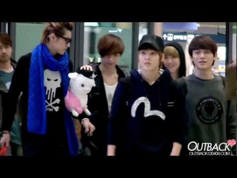 121102 EXO-M 인천공항(Incheon Airport) 입국 1080p