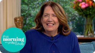/handmaid39s tale star ann dowd reveals what39s in store for aunt lydia this morning