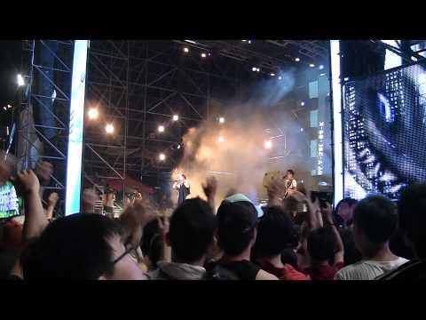 2012/07/15海洋音樂祭-五月天「憨人」