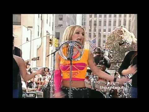Britney Spears Mini Concert at Today Show 2000 HQ