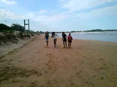 Baixar Ela corre na areia da praia !!