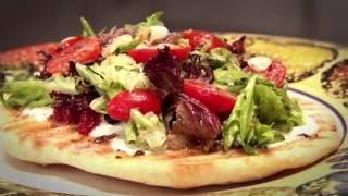 Everyday Gourmet: Salad Pizza