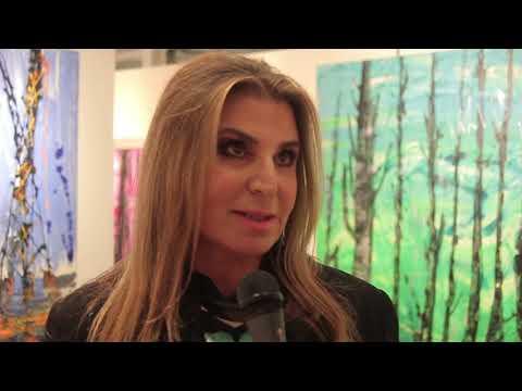 Με μεγάλη επιτυχία εγκαίνια της έκθεσης της Μίνας Παπαθεοδώρου Βαλυράκη και της Yumi Hogan